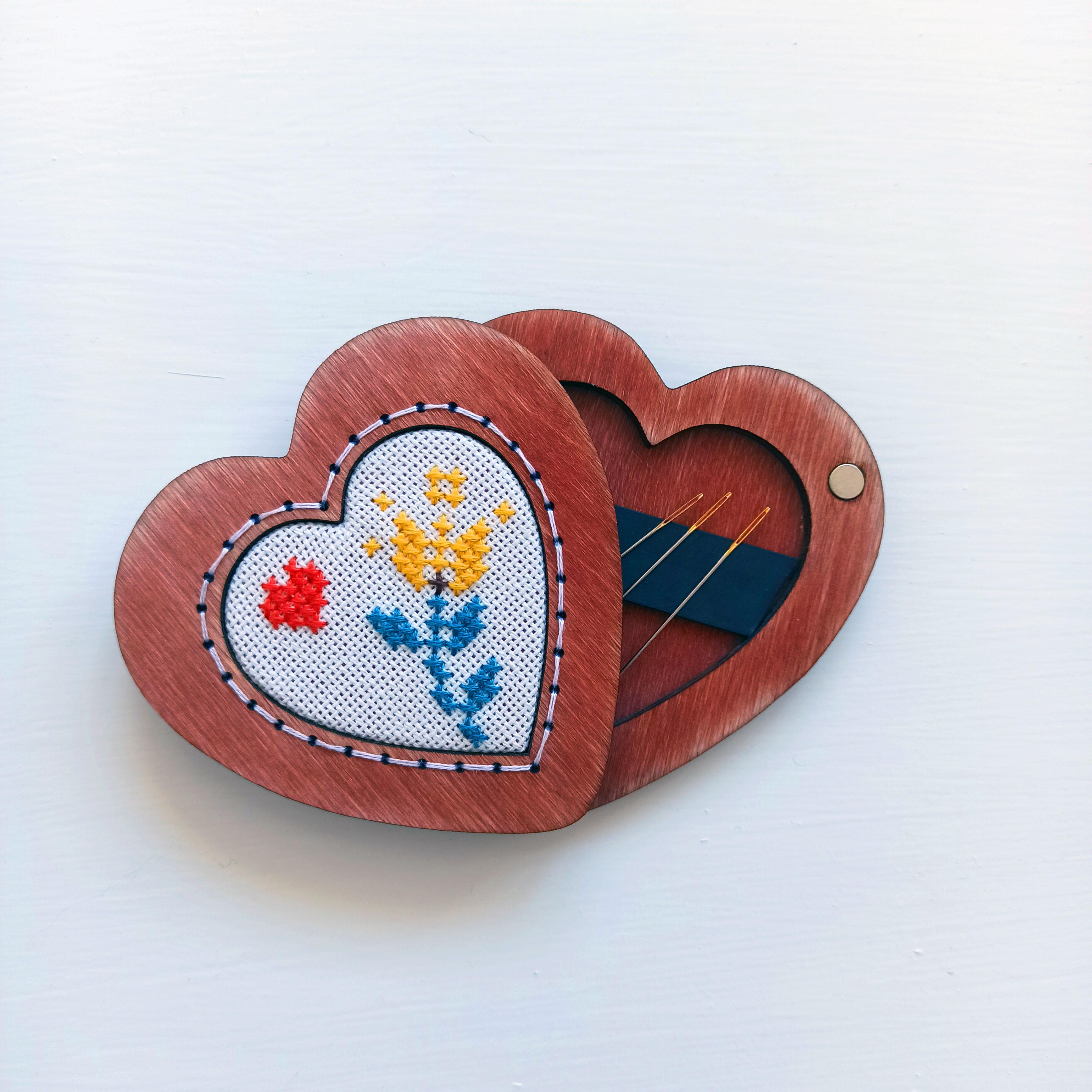 Игольница сердце  (цвет Ягодный)