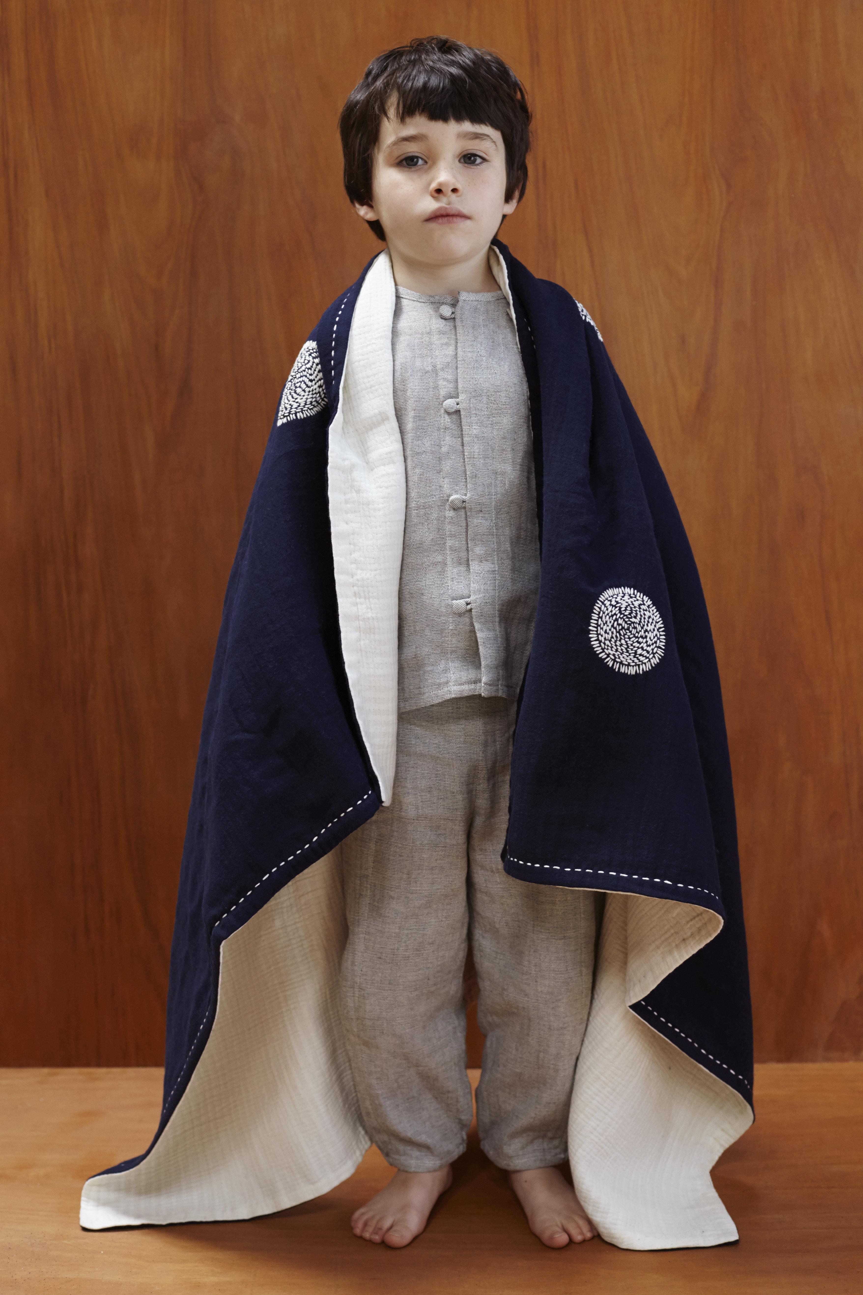 "Child Blanket ""Suns"" (135x100cm) 8-BCSUN13A/14"