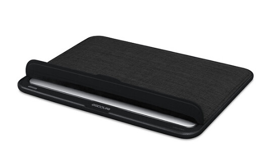 """Incase 13"""" ICON Sleeve with Woolenex for MacBook Air 