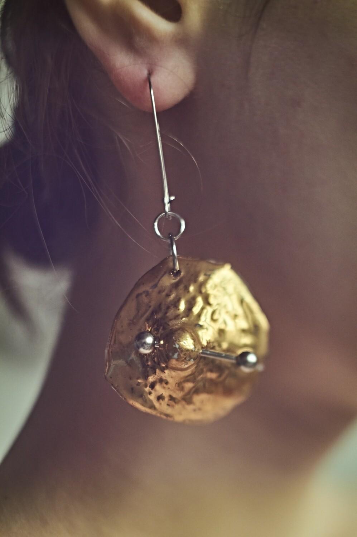 Earrings // nipples // gold // enwg