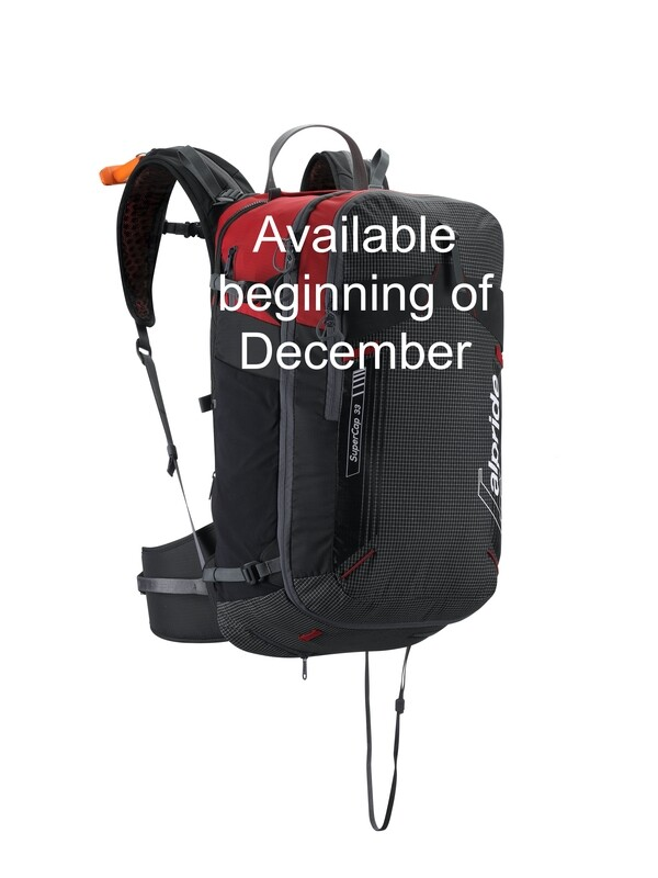 SuperCap33 backpack empty - Available beginning of December