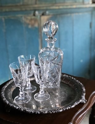 Decanter & Liqueur Glass Set