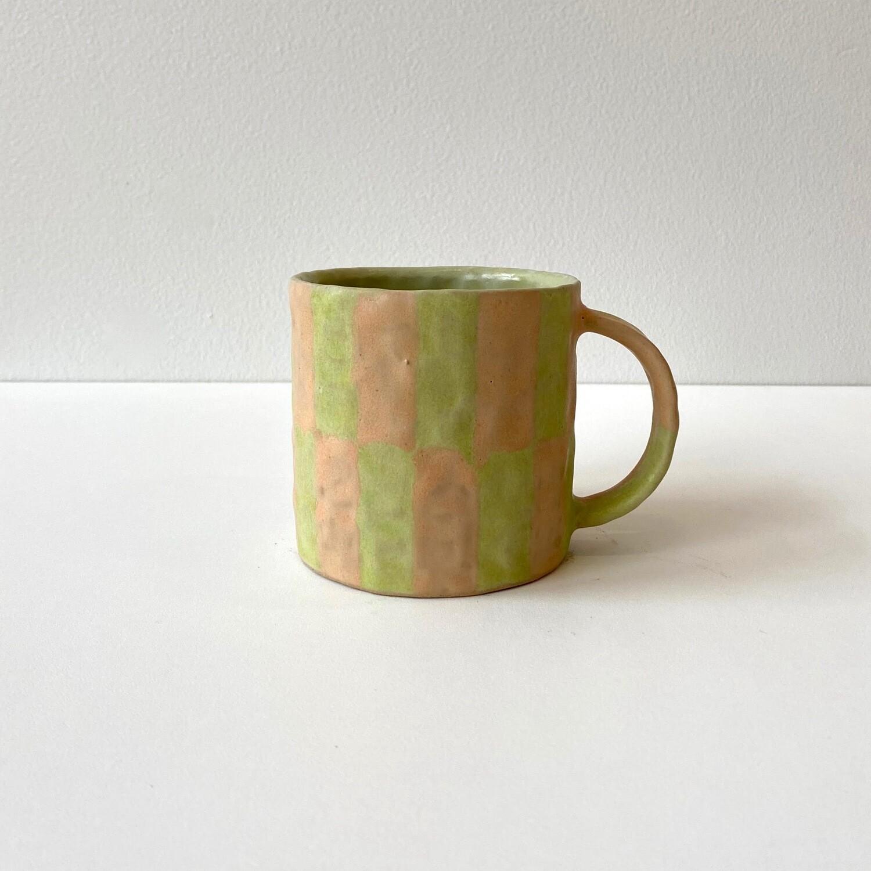 Mug VI