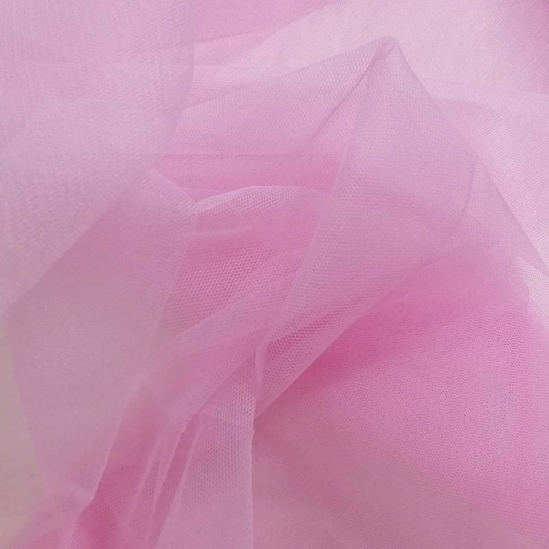 Tylli vaaleanpunainen