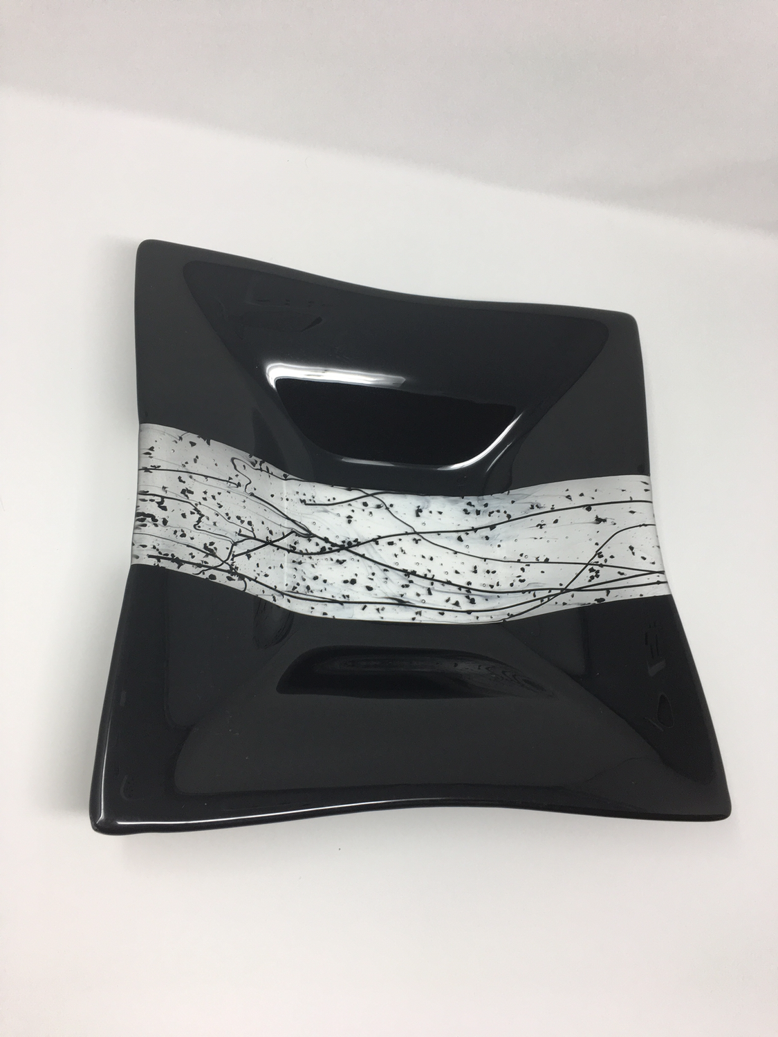 """12 x 12 x 2"""" Black Bowl with Stringers"""