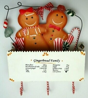 Metal Gingerbread in Box Wall Pocket with 3 Hooks