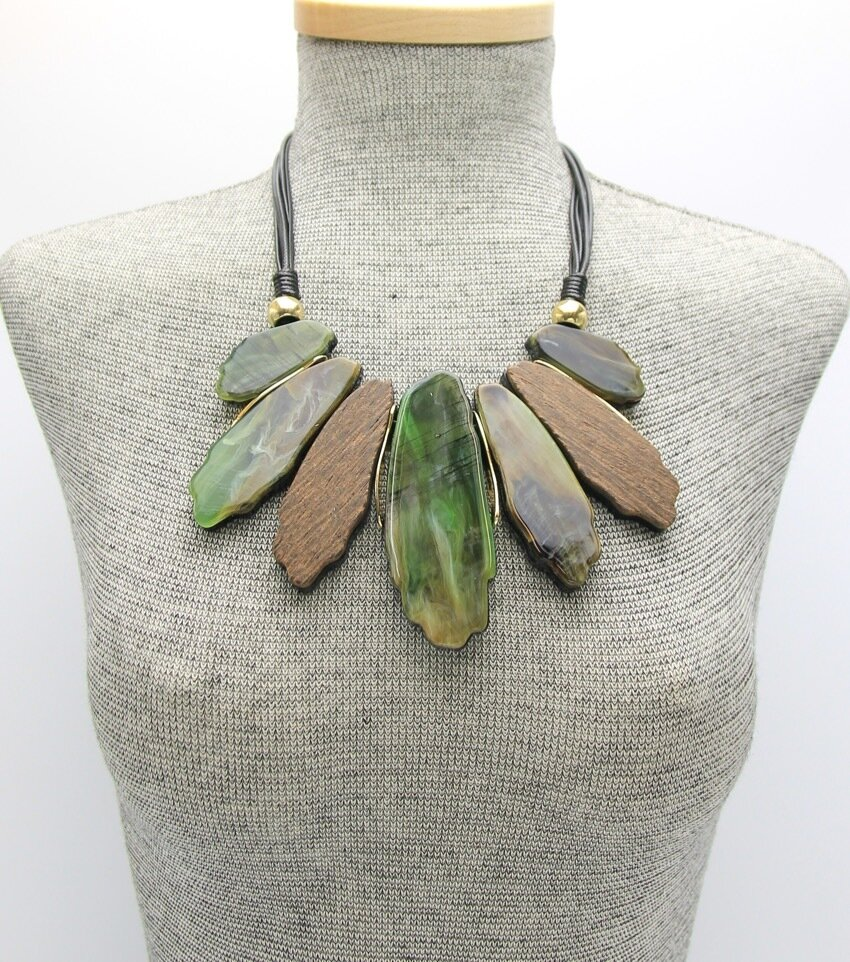 Statement Wood and Tortoise Bib Necklace Set