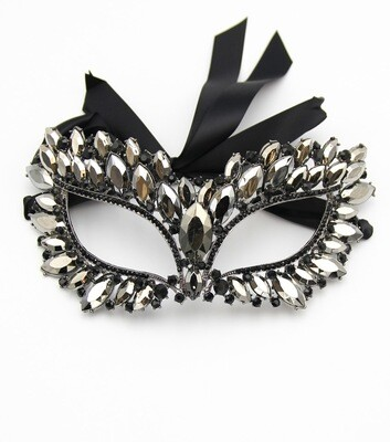 Catwomen Crystal Mask