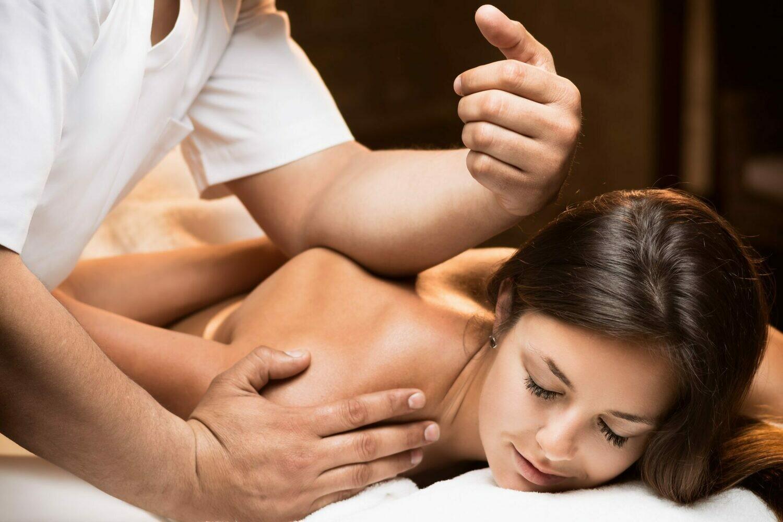 Deep Tissues Massage 60 Minutes Session