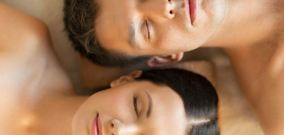 60 Minutes Swedish Couples Massage with Aromatherapy and Aroma Scalp Massage