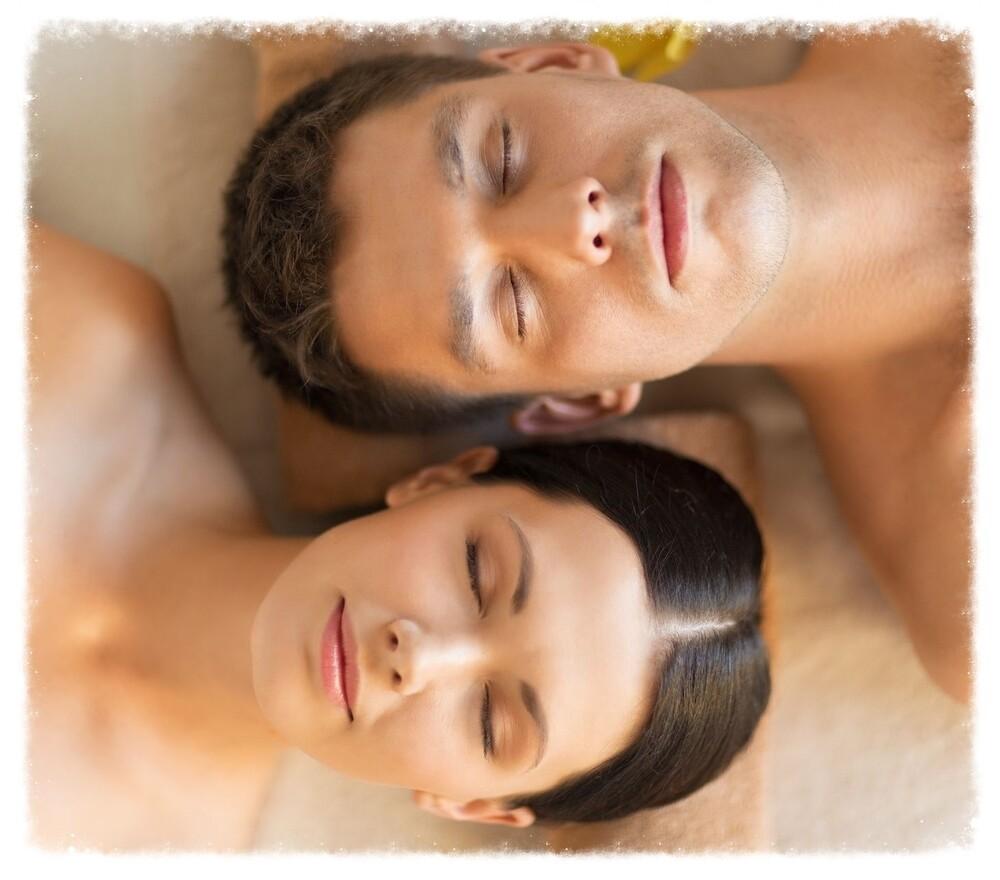 60 Minutes Session Couples Massage
