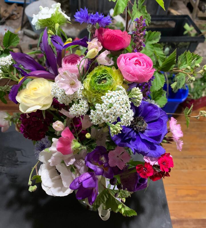 Delux Garden Bouquet