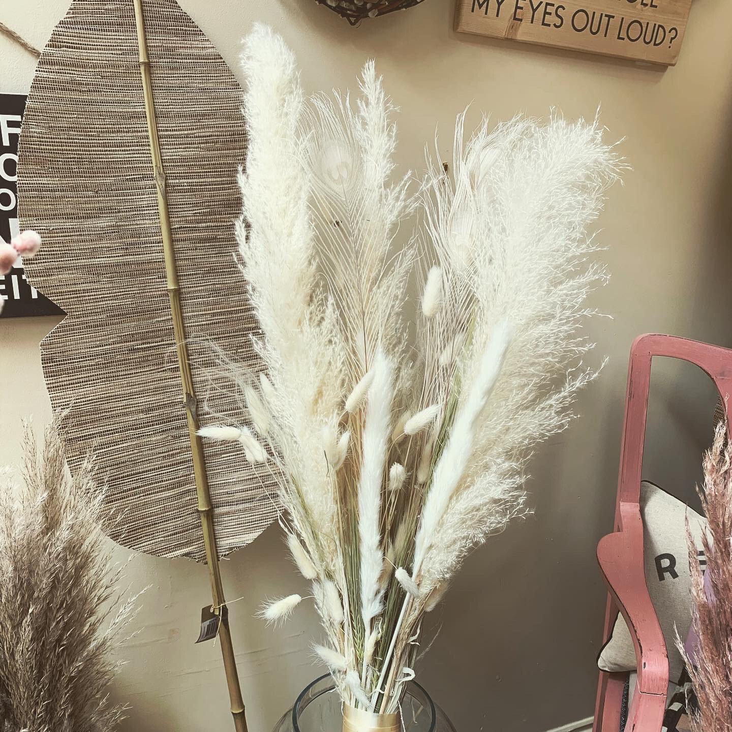 Bunch Of Pampas & Peacock feather