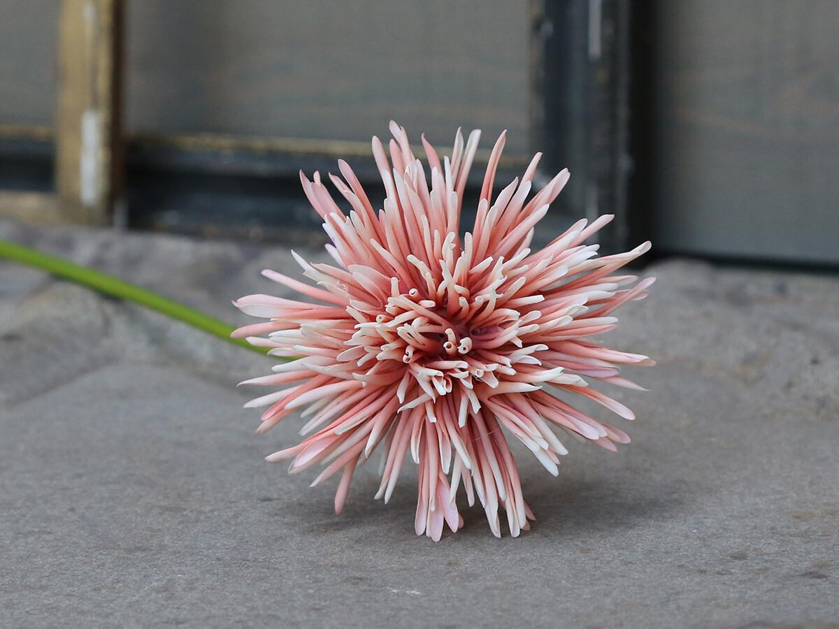 Faux Fleur Dahlia