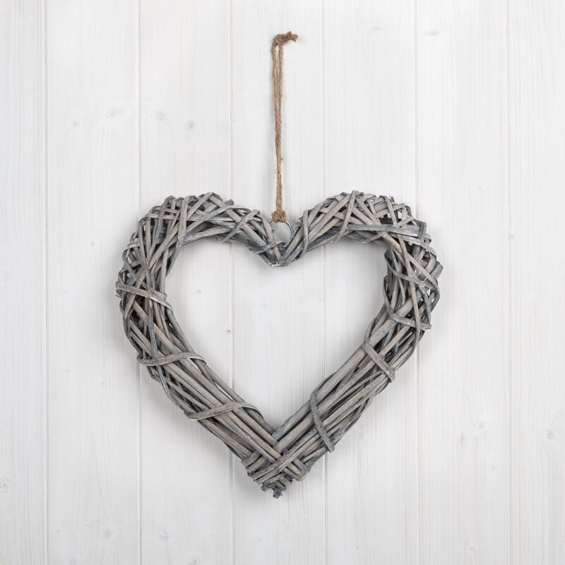 Wicker wooden heart - Grey wash