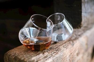 Rocking Whisky Glasses x 2