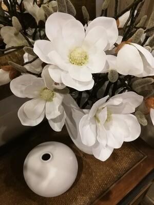 Magnolia Spray (artificial)