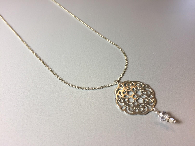 Lange Silberkette mit Mandala