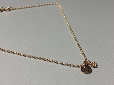 Halskette mit Blümchen und Lotusplättchen Silber rose vergoldet
