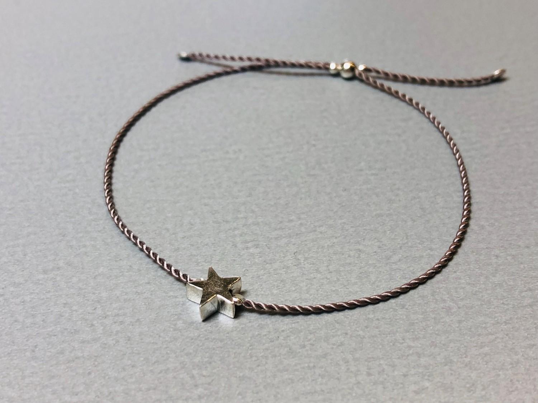 Seidenarmband mit Stern Silber