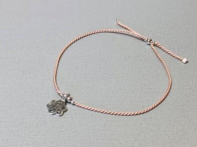 Seidenarmband mit Blume Silber