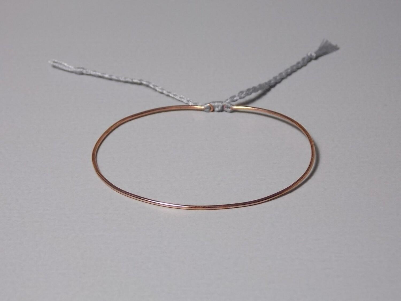 Silberarmreif rose vergoldet mit Baumwollband grau