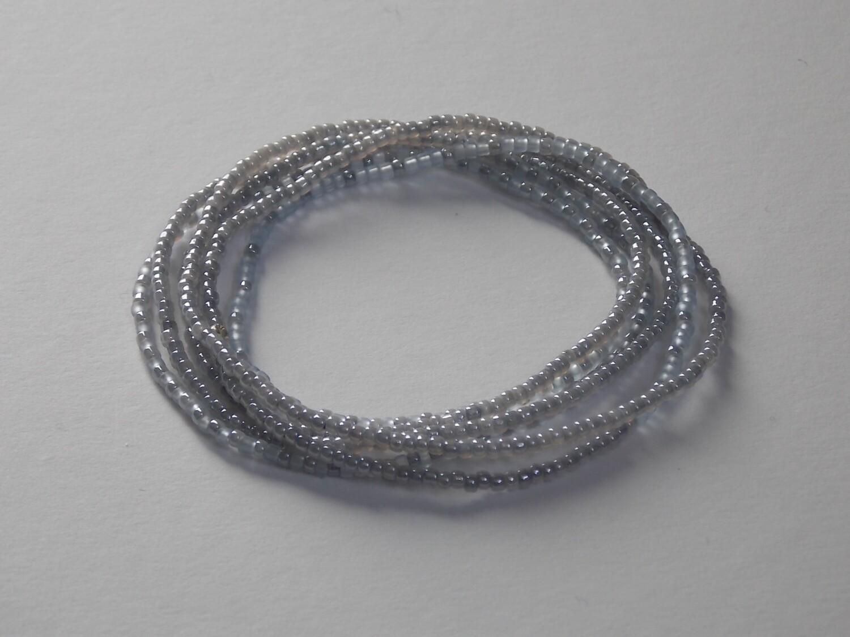 Stretch-Armbandkette graublau