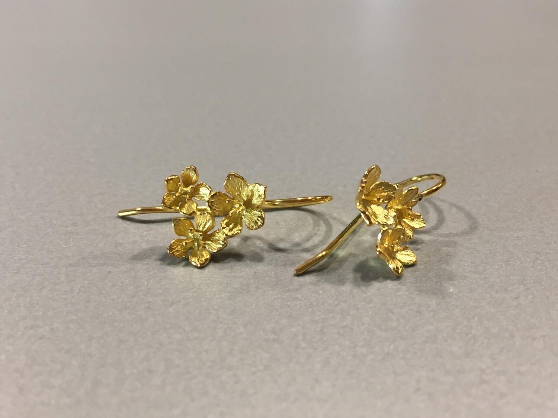 Ohrhänger Silber vergoldet mit 3 zarten Blüte