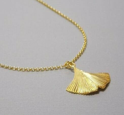 Halskette Silber vergoldet mit Gingkoblatt