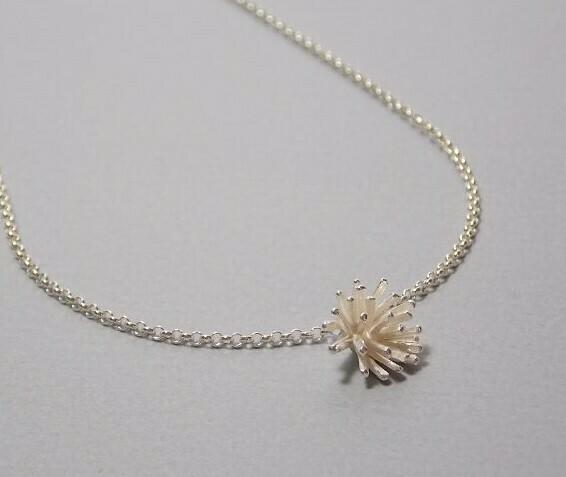 Halskette Silber mit Koralle