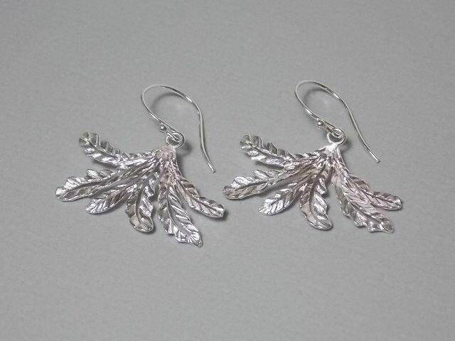 Ohrhänger Silber mit Fächerblatt