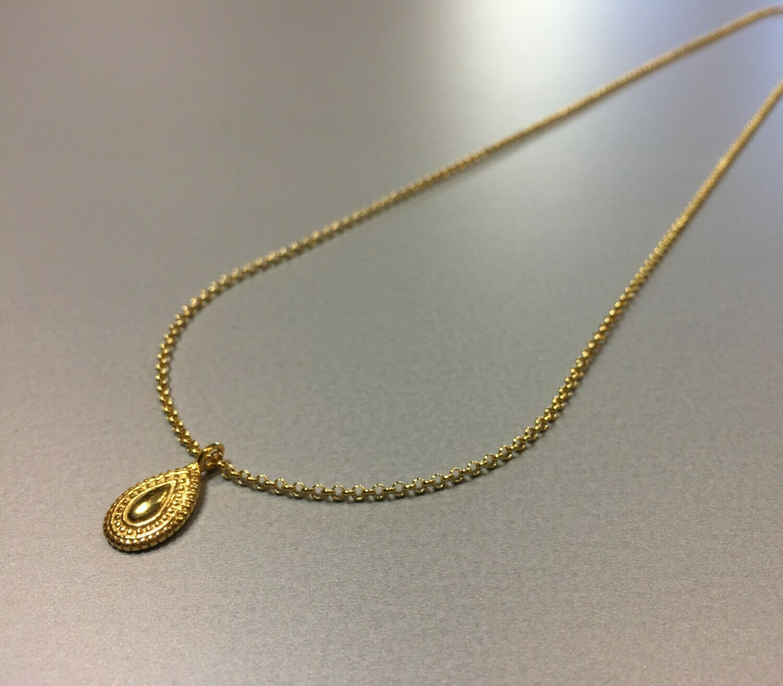 Halskette mit Anhänger Medallionstyle Silber vergoldet