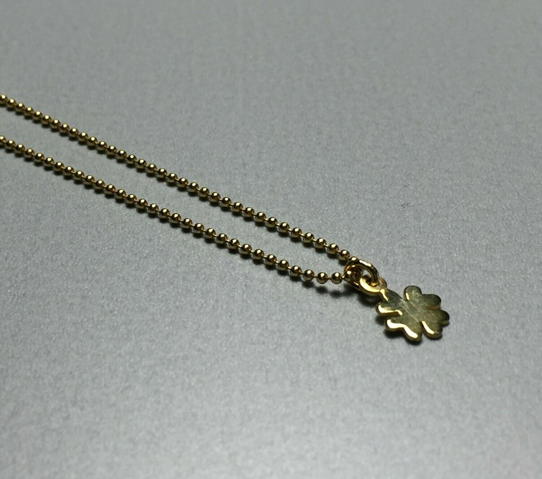 Kurze Kugelkette mit Kleeblatt Silber vergoldet