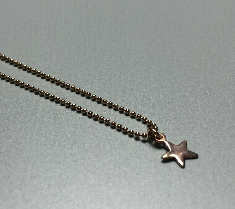 Kurze Kugelkette mit Sternchen Silber rose vergoldet