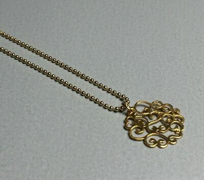 Kurze Kugelkette mit romatischem Anhänger Silber vergoldet