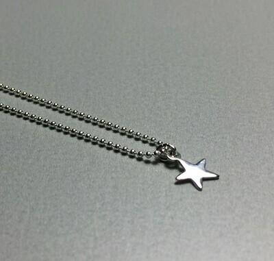 Kurze Kugelkette mit Sternchen Silber