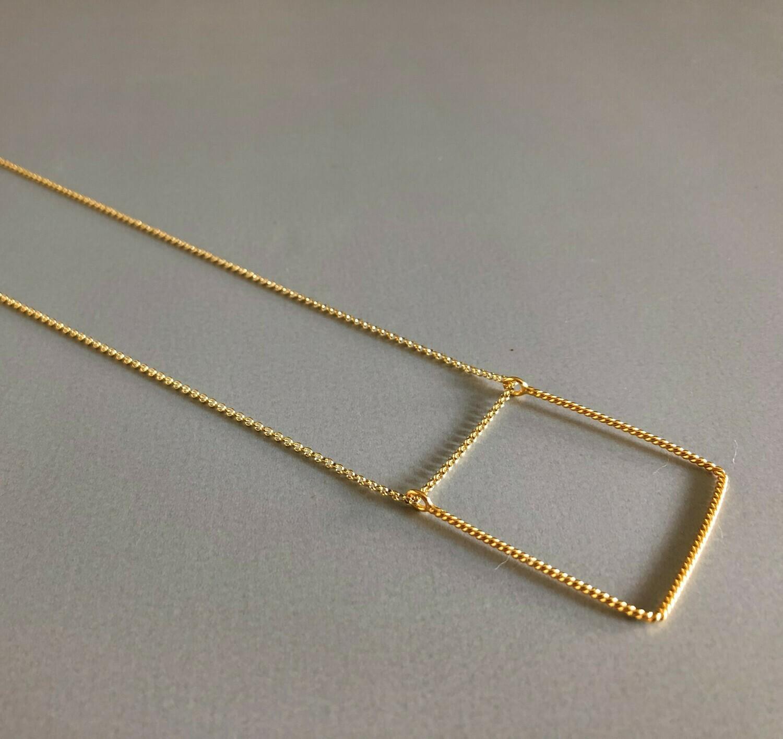 Lange Halskette Silber vergoldet mit quadratischem Element