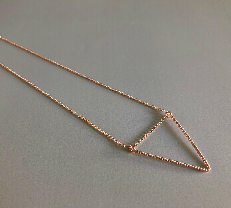 Lange Halskette Silber rose vergoldet mit dreieckigem Element