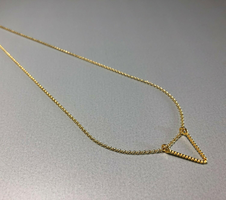 Halskette Silber vergoldet mit dreieckigem Element