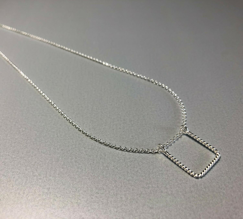 Halskette Silber mit quadratischem Element