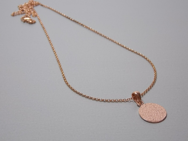 Halskette mit rundem Anhänger Silber rose vergoldet