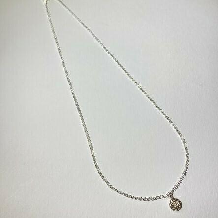 Kurze Halskette Silber mit Anhänger