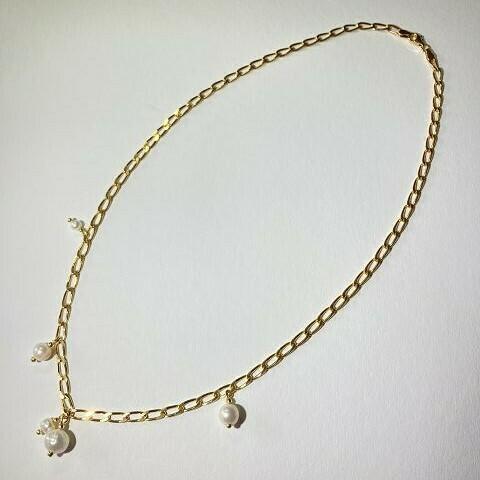 Gliederkette vergoldet mit Perlen