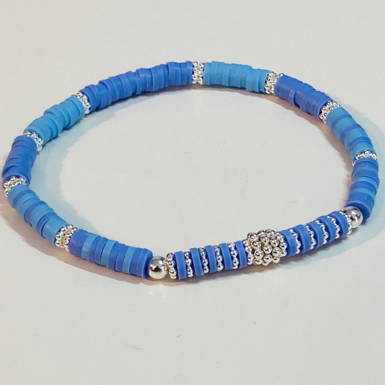 Flexibles Armband aus Katsukiperlen blau