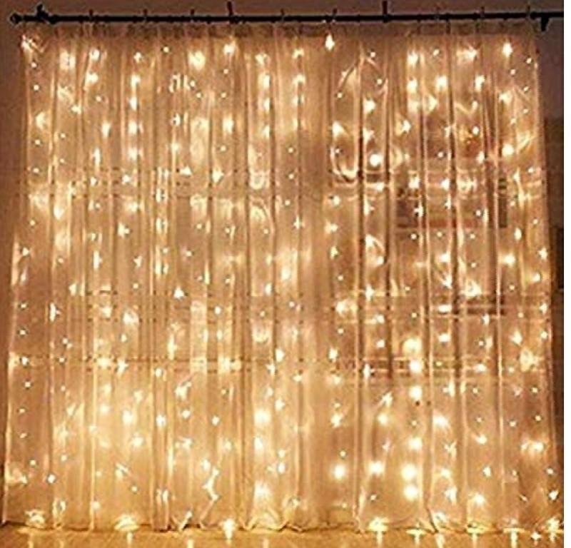 Fairy light curtain (1)