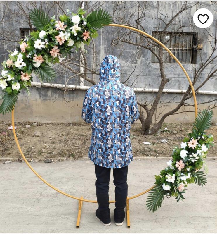 Golden Metal Round Wedding Arch With Stand