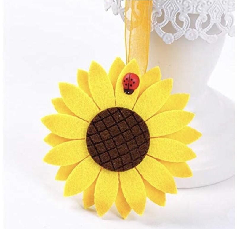 Sunflower Magnetic Tie backs (set Of Two)
