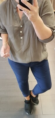 Blouse taupe