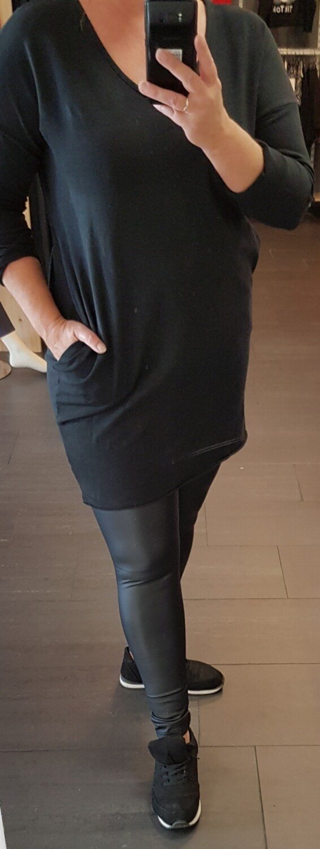 Basic tuniek lange mouw zwart