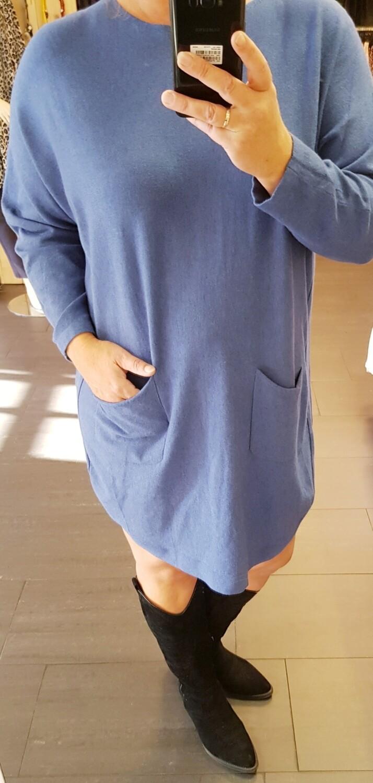 Lange trui met strikjes rug blauw